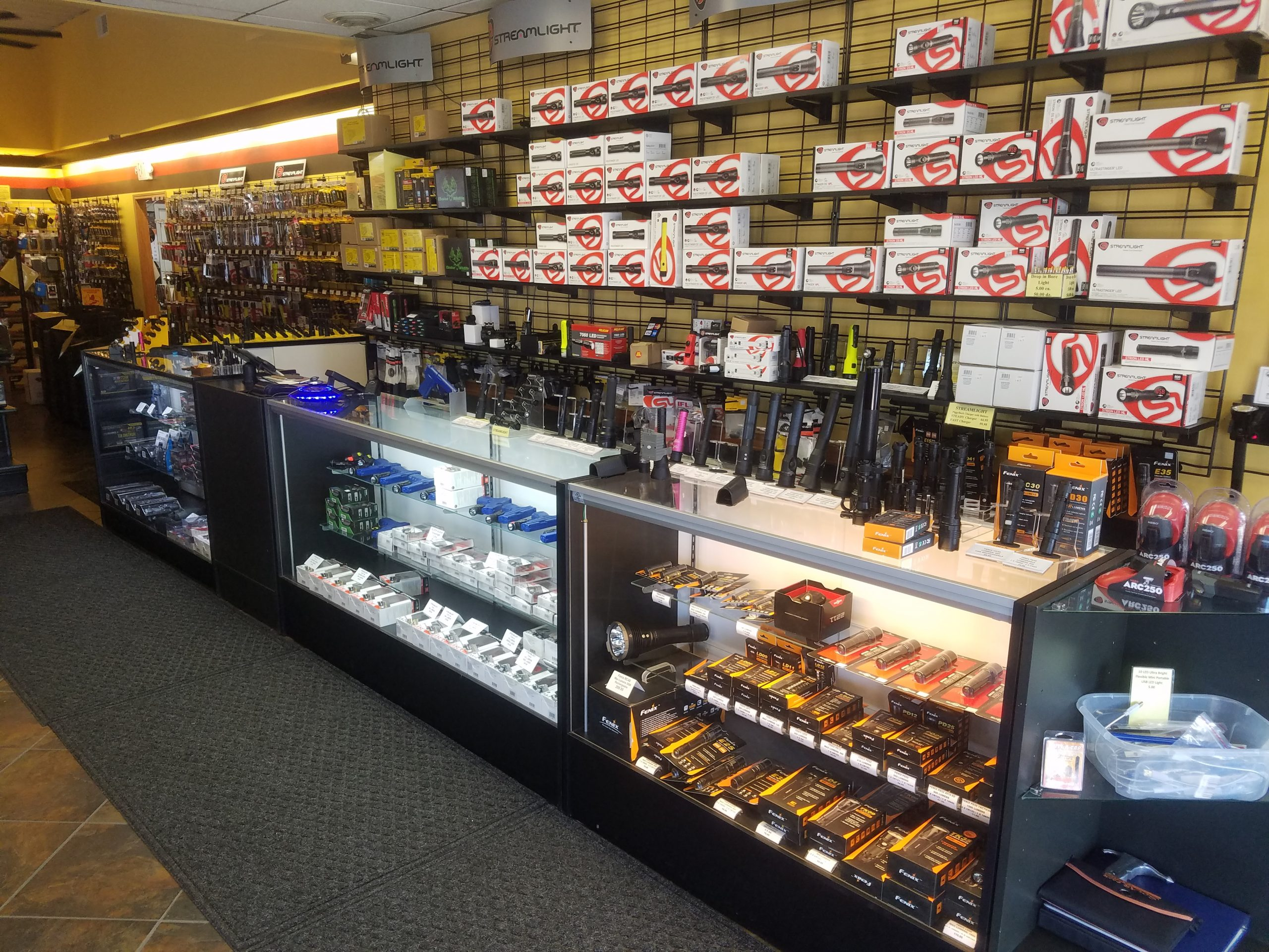Flashlight Outlet is an authorized distributor of Streamlight, Nitecore, Pelican, and Fenix LED flashlights In Valparaiso, IN